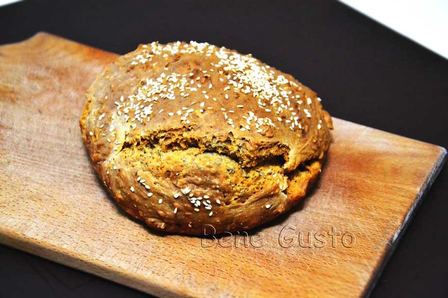 Бездрожжевой хлеб с овсянкой