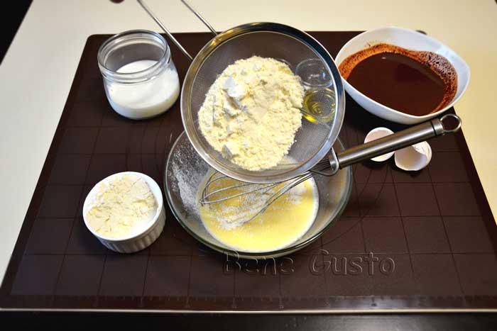 замешиваем тесто на блины