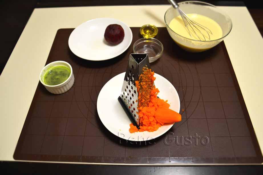 натираємо моркву