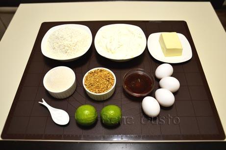 Інгредієнти на медовик зі сметанним кремом