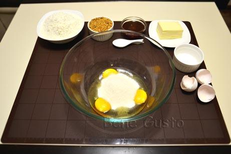 яйця з цукром