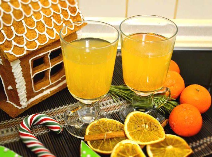 Глинтвейн на белом вине с апельсином и мятой