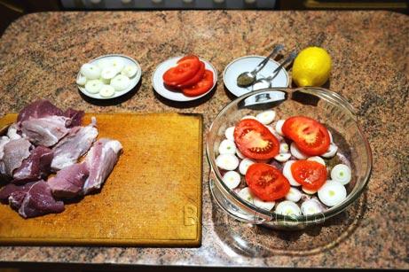 готовим маринад для шашлыка