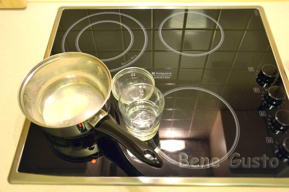 желатин растворяем в теплой воде