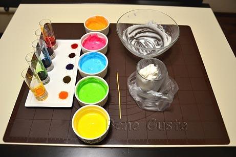 готовим цветную глазурь для печенья