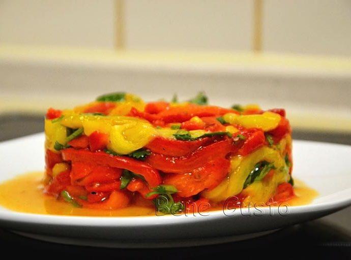 Теплый салат из болгарского перца