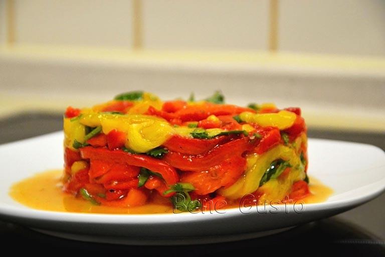 простой теплый салат с болгарским перцем