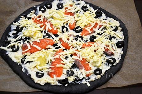 сырая пицца с семгой