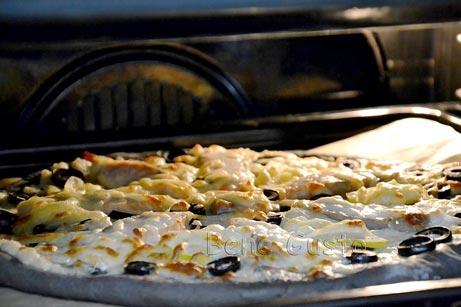 запеченная пицца в духовке