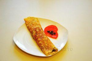 блюдо омлет с болгарским перцем