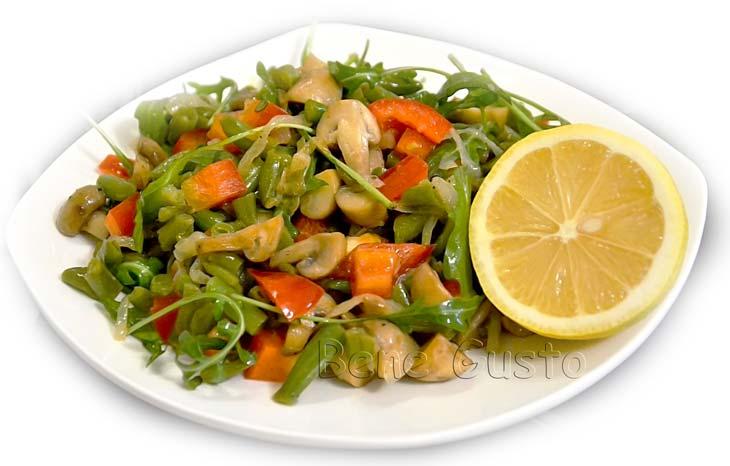 Праздничный салат без мяса