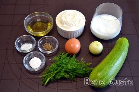 Інгредієнти на оладки з кабачків на кефірі