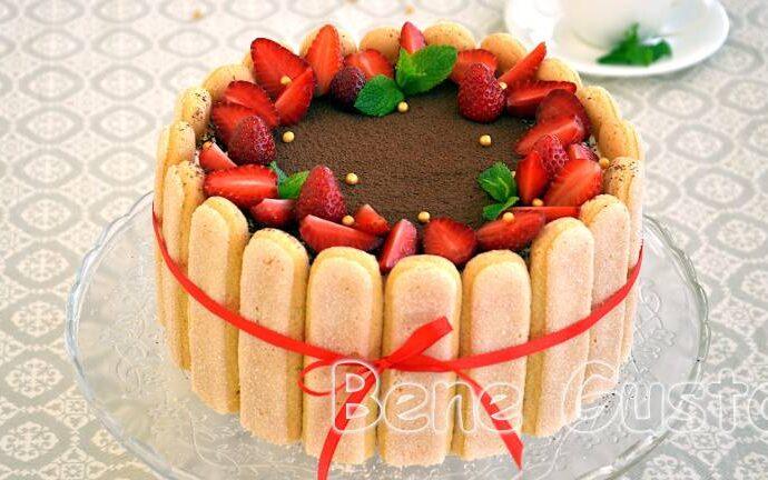 Торт клубничный Тирамису