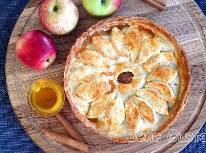 Традиційний американський яблучний пиріг