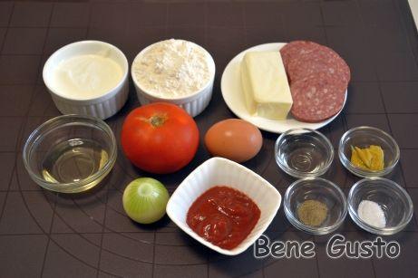 Інгредієнти на рецепт швидка піца в духовці