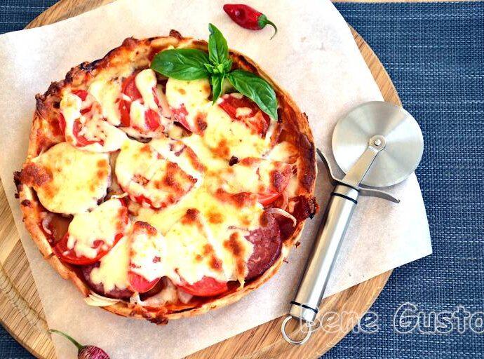Ленивая пицца на сметане за 15 минут