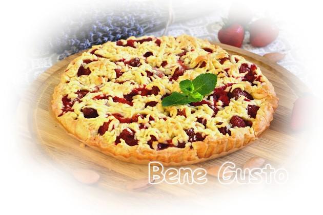 Рецепт тертого пирога з ягодами