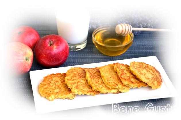 як приготувати яблучні оладки
